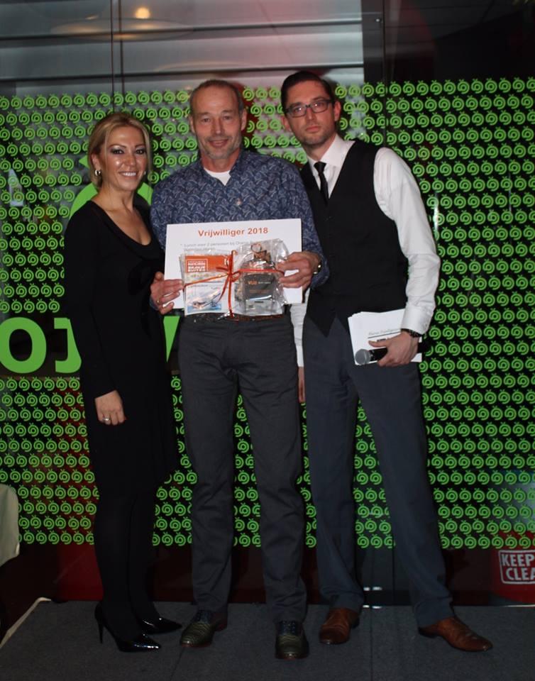 Frank Ettes wint vrijwilligersprijs